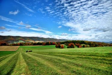 images.raceentry.com/infopages/highland-hills-farm-5k--infopages-3840.png
