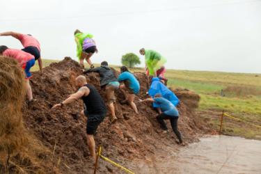images.raceentry.com/infopages/like-a-boss-mud-run-infopages-6533.png
