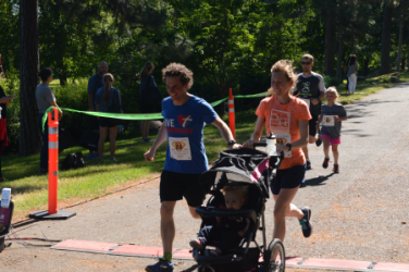 images.raceentry.com/infopages2/dads-day-dash-infopages2-46726.png