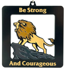 Be Strong and Courageous 1M 5K 10K 13.1 26.2 registration logo