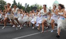Bridesmaid Dress Run registration logo