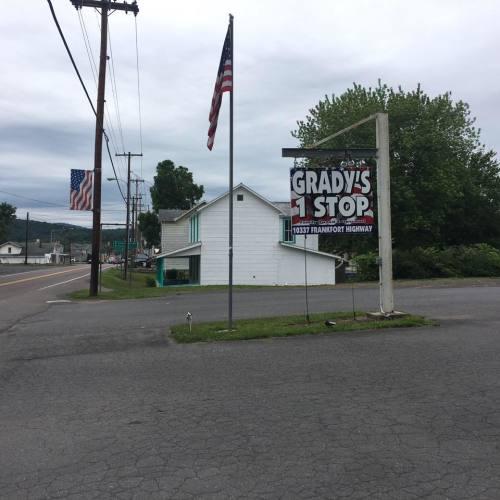 Grady's 1 Stop logo