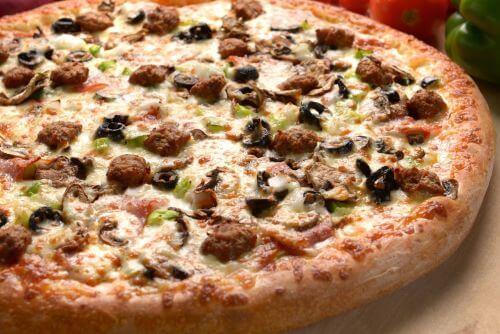 Sahara Pizza Winlock logo