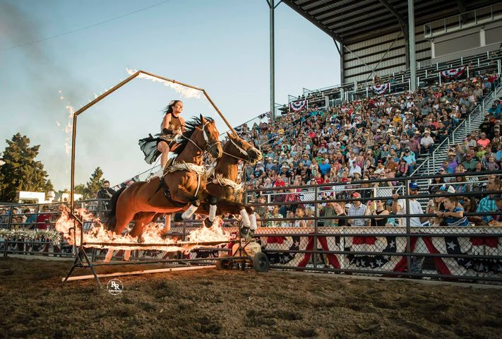 images.rodeoticket.com/infopages1/colorama-prca-grand-coulee-rodeo-infopages1-12630.png