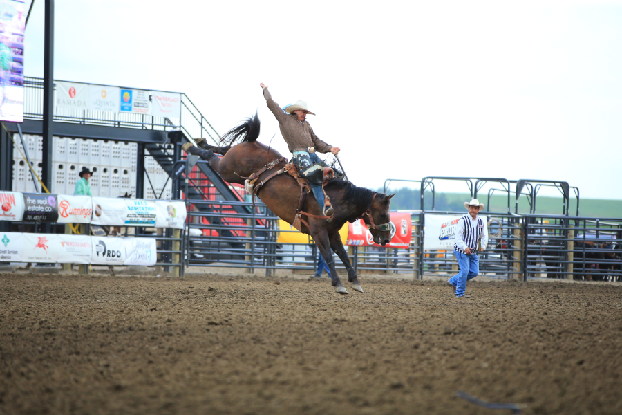 images.rodeoticket.com/infopages1/roughrider-days-rodeo-infopages1-12488.png