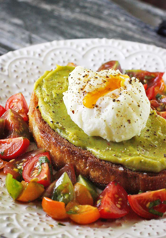 Avocado Fried Toast with Poached Egg from Soupaddict.com
