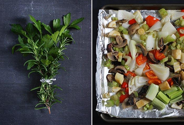 Slow Cooker Turkey Stock | SoupAddict.com