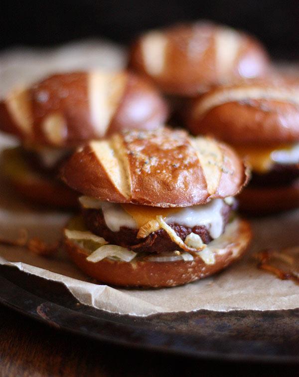 Quick & Easy Veggie Burger Sliders from SoupAddict.com