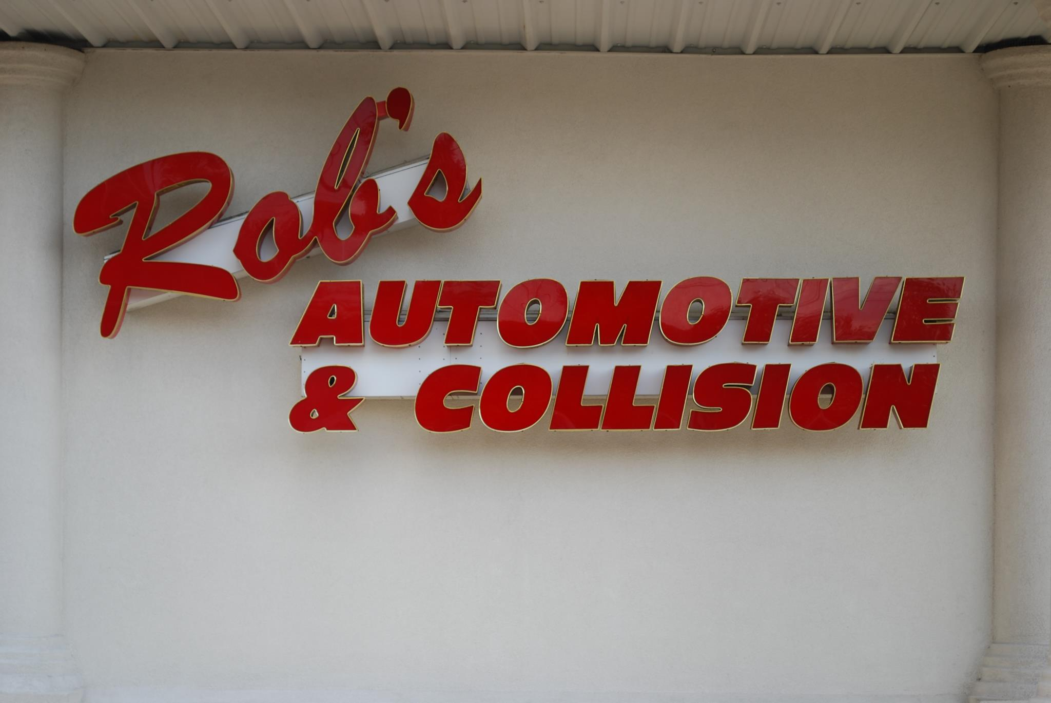 Rob's Truck Collision Center