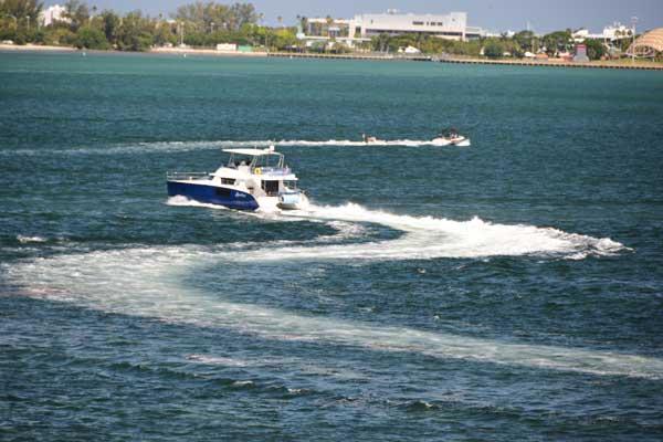 Aeolus Boat Charter in Miami BezAy Co
