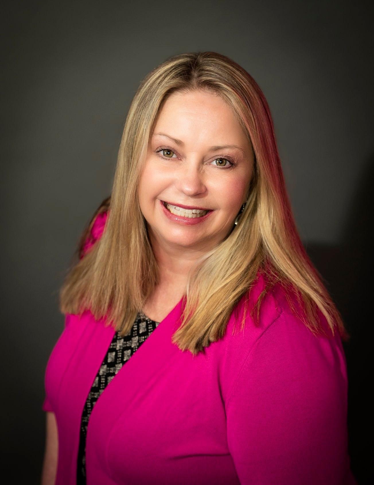 Jodi Seaback Broker Associate w/ Pink Realty