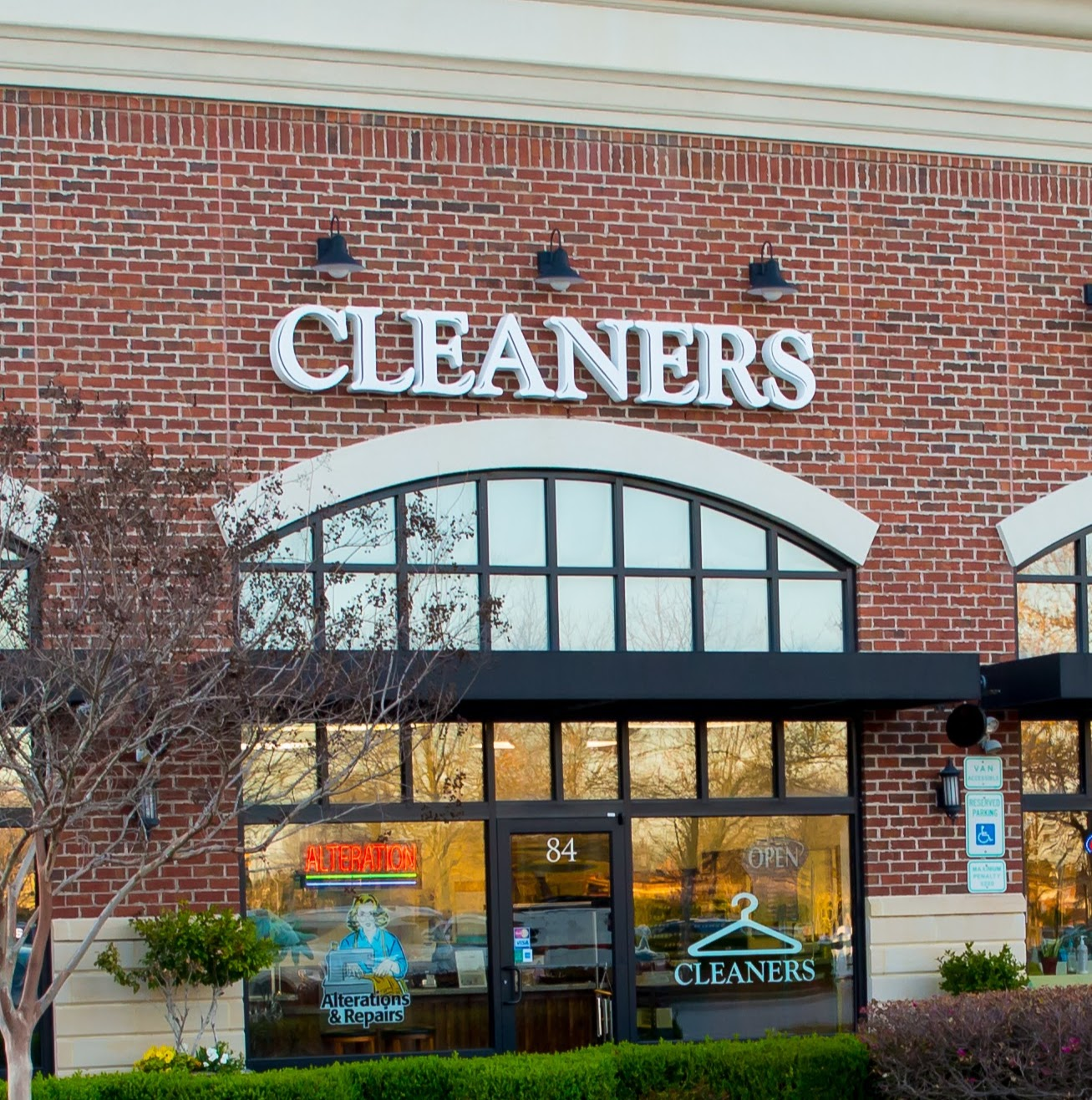 Flip Dry Cleaners & Alterations