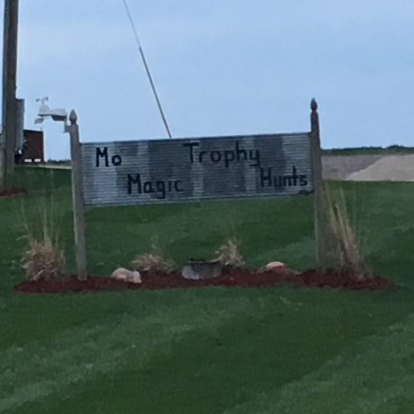 Mo' Magic Trophy Hunts