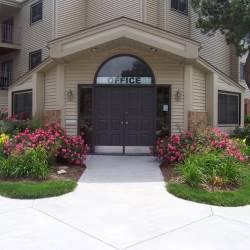Villa Tierra Apartments