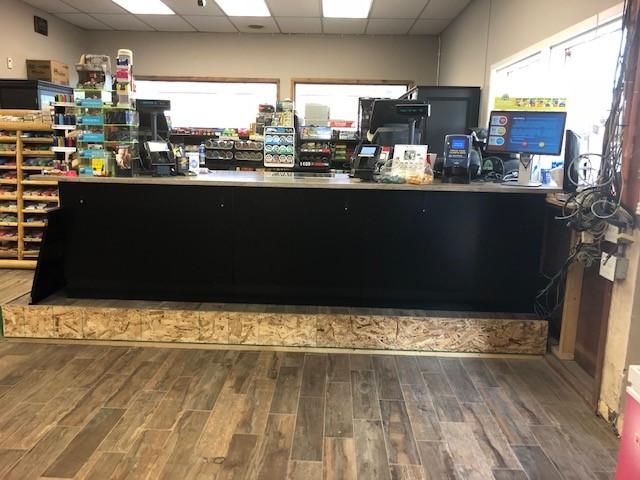 liquor-store-convenience-counter-1