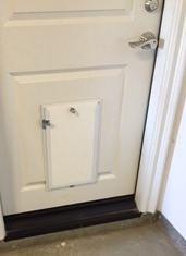 Hale Pet Door with Security Cover