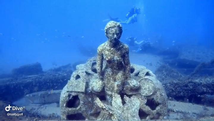 8 am 1000 Mermaids 7/04/21