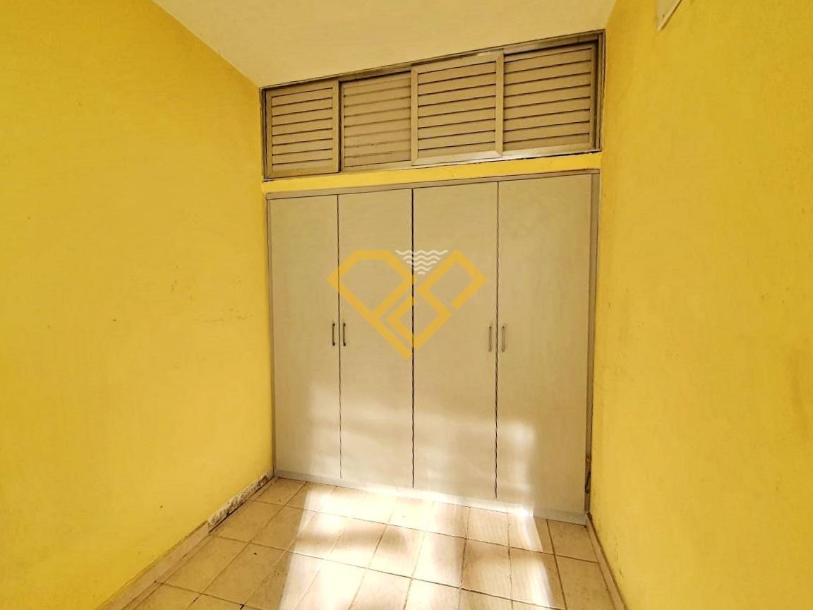 Apartamento à venda no Pompéia: Dependência de empregada