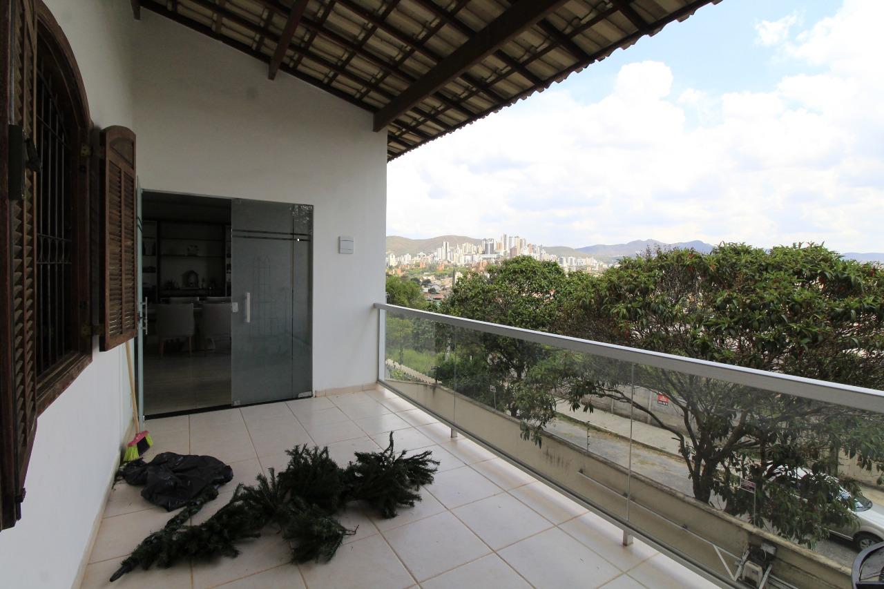 Estrela Dalva, Casa 3 quartos à venda , 2 vagas, 253,00m²