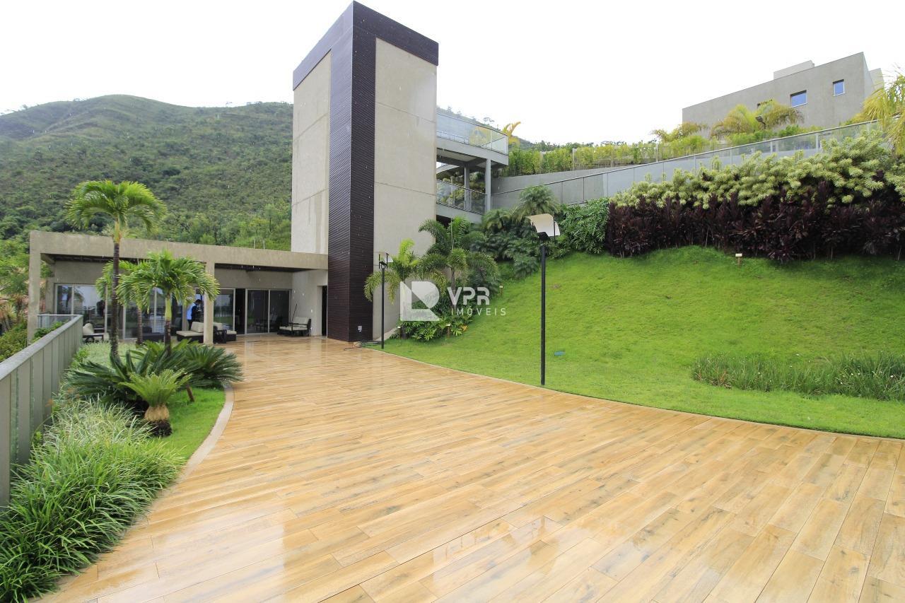 Buritis, Casa 3 quartos à venda , 3 vagas, 292,94m²