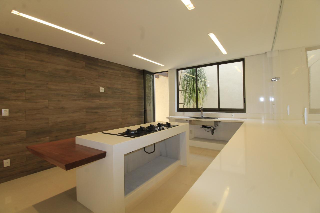 Buritis, Casa 4 quartos à venda , 3 vagas, 618,68m²