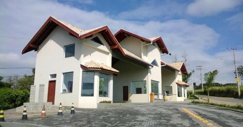 Fotos do Condomínio Santa Inês em Itu