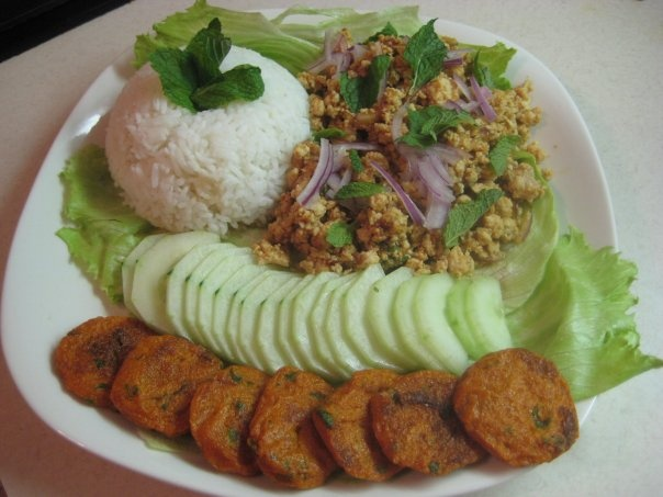 114f8ccd7948ba731fe35fac74e26bb0 Recipe Thai Spicy Ground Chicken and Toasted Rice, 'Larb Gai' :: ImportFood