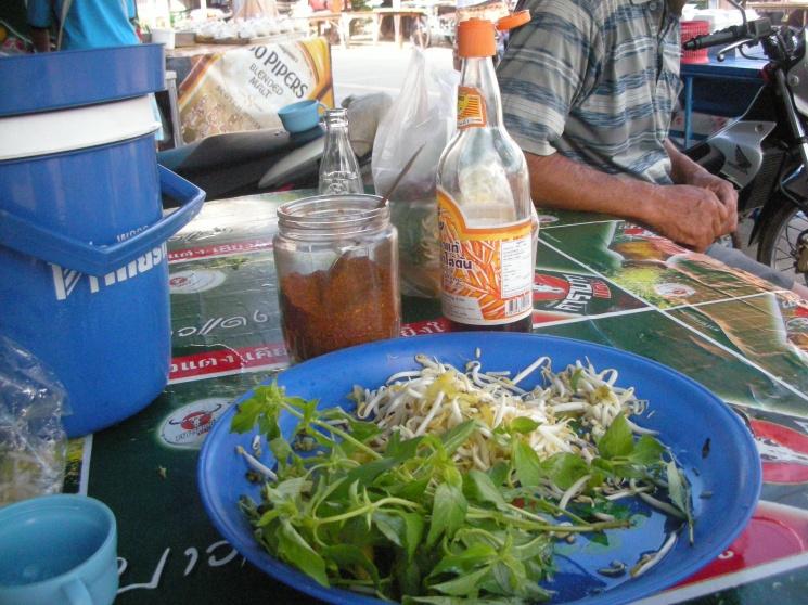 1a2c9f02d20c96b80c6eae9ad71fd847 Recipe Noodles with Fish Curry, 'Khanom Jin' :: ImportFood