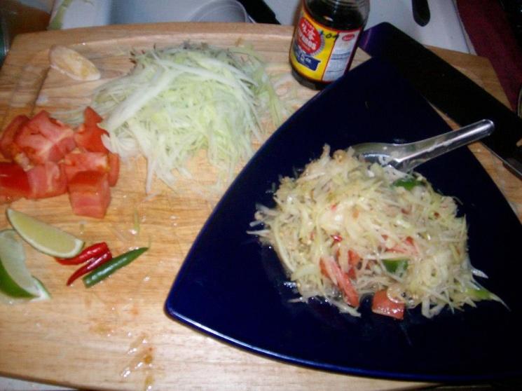 2e33bba91f343a2ae6385c133c1a142d Recipe Thai Green Papaya Salad, 'Som Tum' :: ImportFood
