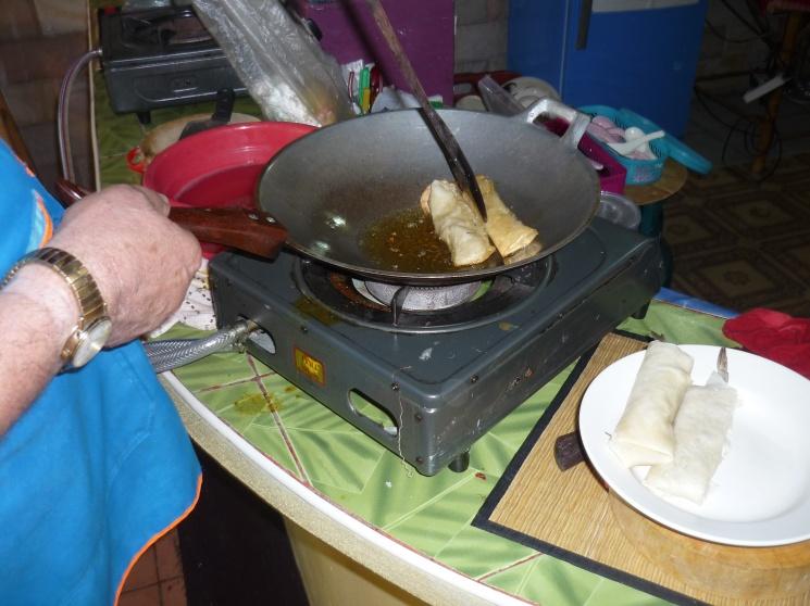 35eea64be1e81aeac95ddf823ffff5f2 Recipe Thai Fried Spring Rolls, 'Poh Pia Tod' :: ImportFood