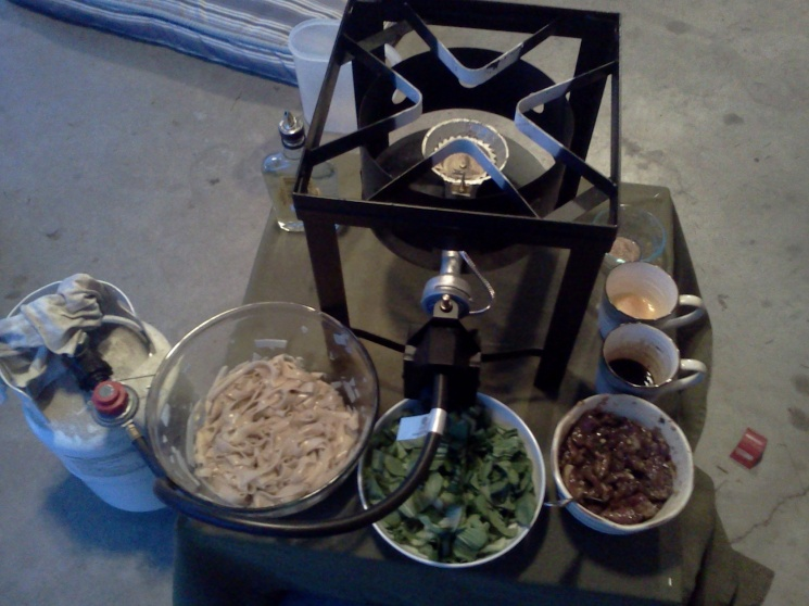 5ff856b79abf51cfa6f71fe9970e2581 Recipe Thai Stir-Fried Wide Rice Noodles, 'Pad Si-iew' :: ImportFood