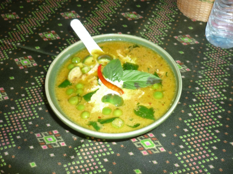 64f0f3d138f90e94d2bbfce52d7cf4c5 Recipe Thai Chicken Soup with Coconut Milk, 'Tom Kha Gai' :: ImportFood