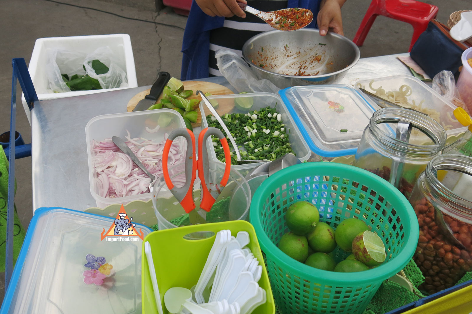 6bed274b0460e7e11841b66cda8d4fd3 Recipe Crispy Rice Larb Pork, 'Yum Khao Tod Naem Moo Sod' :: ImportFood