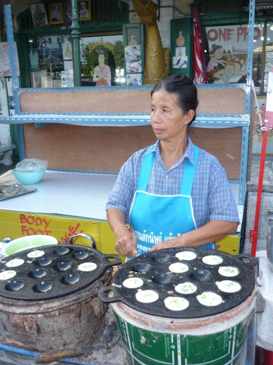 71cee9ffa86d99d2b5996e6c0f393fad Recipe Thai Coconut Pudding, 'Khanom Krok' :: ImportFood