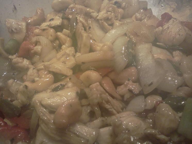 7469a596c29ef133787a4d5608e4f219 Recipe Thai Cashew Chicken, 'Gai Pad Med Mamuang Himaphan' :: ImportFood