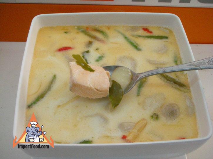 8b0d7fd7d6a17baae02668bdcabd8026 Recipe Tom Kha Salmon, Prepared by the Prime Minister of Thailand :: ImportFood