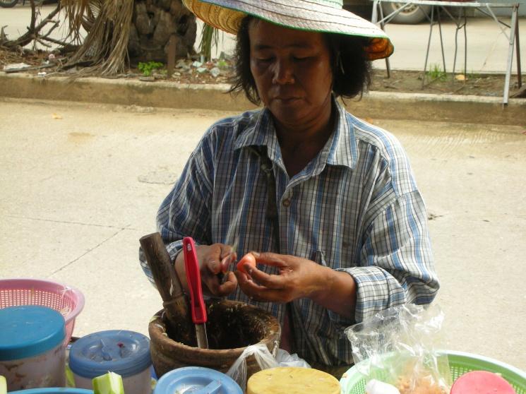 9d82a6df13c357bbe2fd52e4159f7baf Recipe Thai Green Papaya Salad, 'Som Tum' :: ImportFood