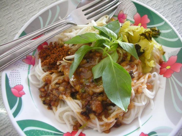 bb4d209555f77fe373d7cdda4dc41fec Recipe Noodles with Fish Curry, 'Khanom Jin' :: ImportFood