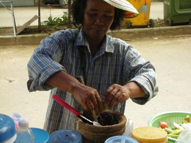ced9cf3ad9515ae50774e9274838a8a6 Recipe Thai Green Papaya Salad, 'Som Tum' :: ImportFood