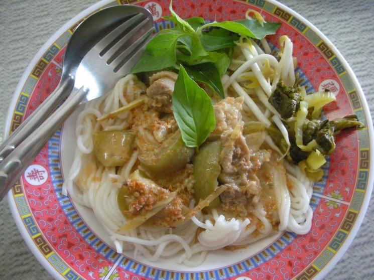 cf4a21864491558e1fb26d8105ed0aca Recipe Noodles with Fish Curry, 'Khanom Jin' :: ImportFood
