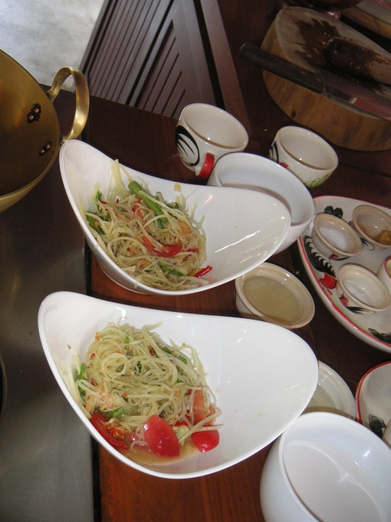 d1fe58850df02e9f409ec0c25b00ffa7 Recipe Thai Green Papaya Salad, 'Som Tum' :: ImportFood