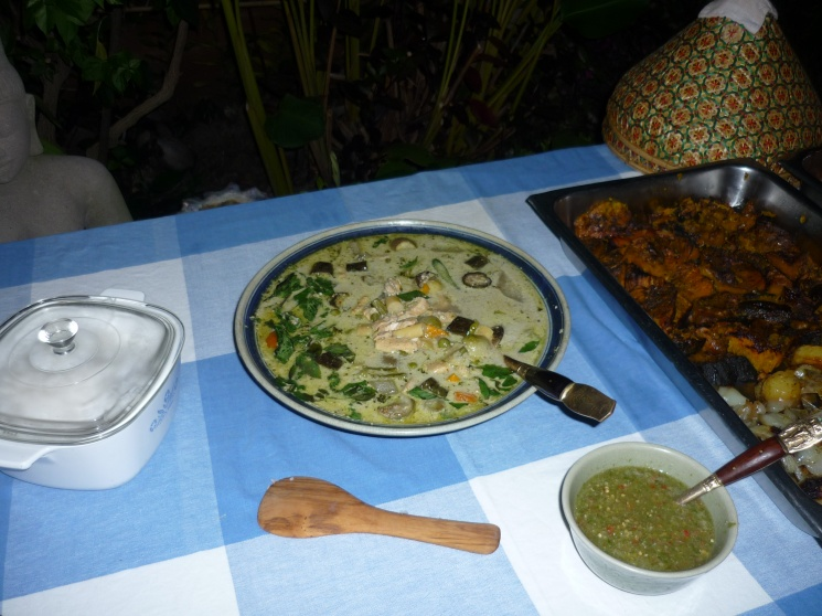 d22e4894a5d0c10fae4cca171bd0fcb5 Recipe Thai Chicken Soup with Coconut Milk, 'Tom Kha Gai' :: ImportFood