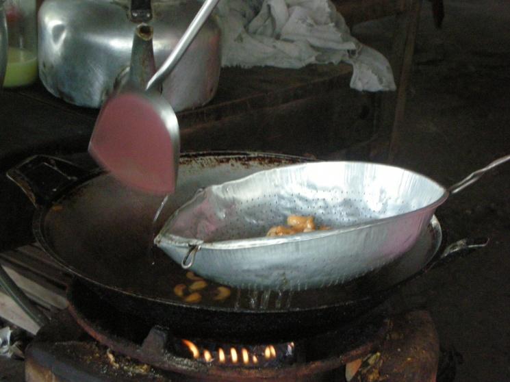 ead2a834bcb9c278905ceaf5a03f8808 Recipe Thai Cashew Chicken, 'Gai Pad Med Mamuang Himaphan' :: ImportFood