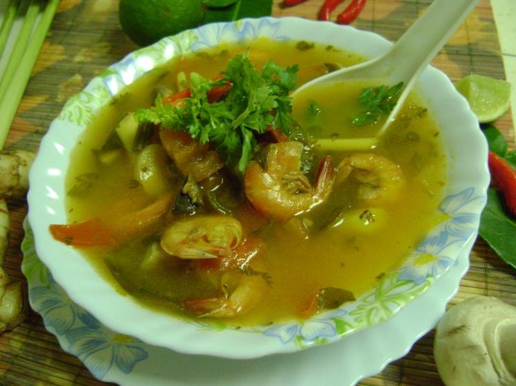 eb5ad7e018545de120b18a75d6d1cd1b Recipe Thai Prawn Soup with Lemongrass, 'Tom Yum Goong' :: ImportFood