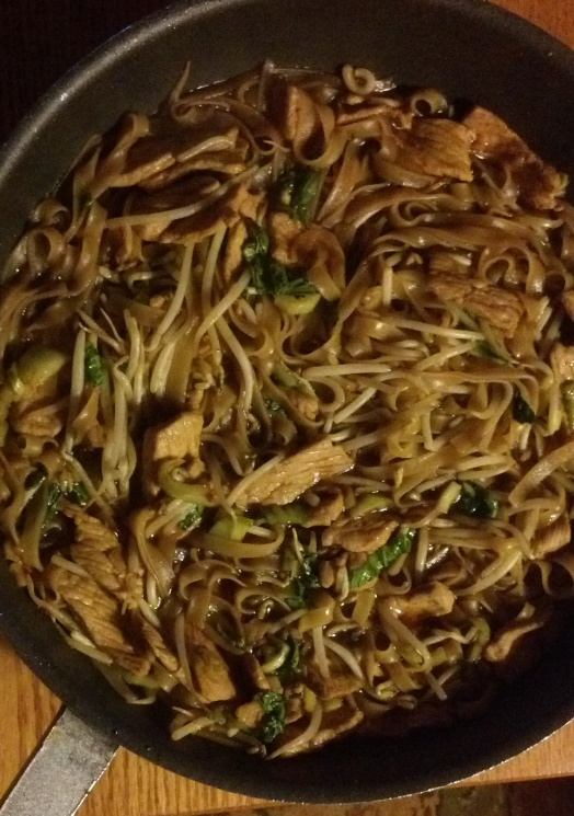 fd36ef565f93ab8a07eb21a411a05f10 Recipe Korat-Style Stir-Fried Noodles, 'Pad Korat' :: ImportFood