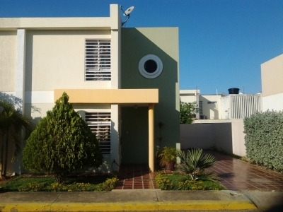 Town House en Villa Acuarelas