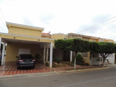 Casa en Venta Sector Santa Fe Villas