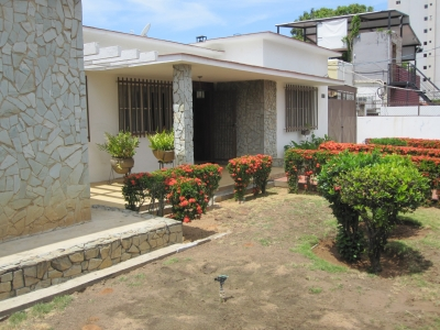 En Venta amplia casa sector Tierra Negra