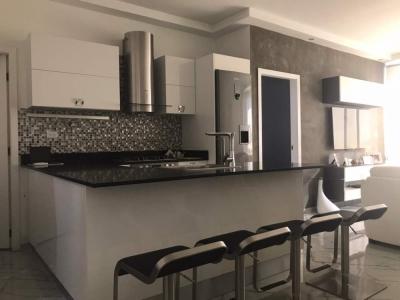 Lojoso apartamento amoblado Residencia Giulianova