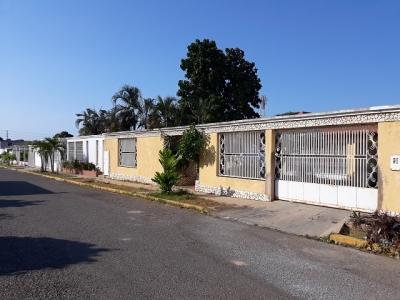 Casa en Urb. Los Olivos